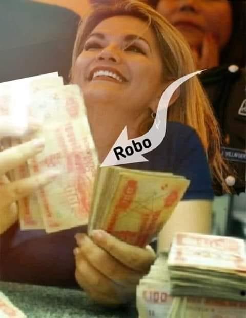 Difunden imagen manipulada de presidente Áñez sosteniendo dinero