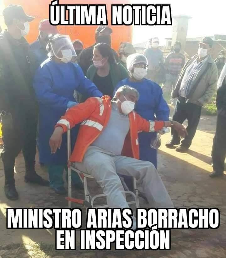 Histriónica representación del ministro Arias sobre el coronavirus es aprovechada para decir que estaba borracho: FALSO