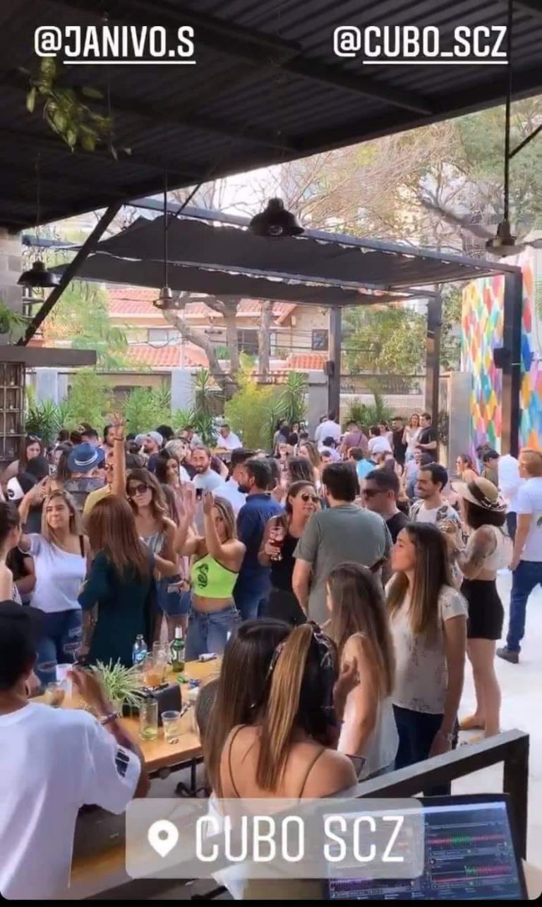 Resto Bar en Santa Cruz reúne personas sin medidas de bioseguridad